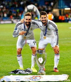 Dani Carvajal and Isco Alarcon - Real Madrid C. First Football, Football Love, Football Is Life, Best Football Team, Football Players, Madrid Football Club, Equipe Real Madrid, Bavaria