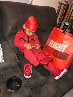 Omg I told him to get dressed and he end Like this Lol😂! Cute Mixed Babies, Cute Black Babies, Cute Babies, Baby Boy Swag, Cute Baby Boy, Baby Kids, Cute Kids Fashion, Baby Boy Fashion, Lil Boy