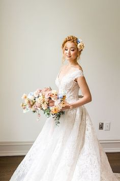 Romantic off the Shoulder Princess Wedding Dress with Fairy Tale Flowers