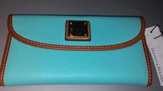 NWT Dooney and Bourke Pebbled Leather Clutch Wallet (Calypso)