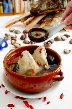 Chicken Recipe: Black Mushrooms with Chicken Soup Recipe