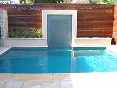 Screens and pools on pinterest for Privacy pool screen