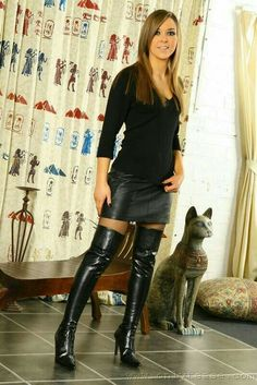 Sexy Boots Plus : Photo Thigh High Boots, High Heel Boots, Heeled Boots, Sexy Boots, Black Boots, Women's Boots, Riding Boots, Look Fashion, Womens Fashion