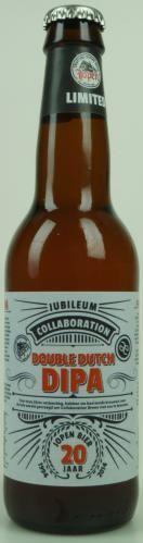 Oh ja, dit willen we meer zien. 2 van de beste brouwerijen van Nederland die samen aan het brouwen gaan. Deze fruitge DIPA maakt je blij. Veel mensen proeven (sinasappel) marmalade, abrikozen, citrus etc. Goed hoppy, goed in balans, goed bier! Cheers!