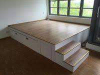 wie wir uns ein podest bauen eine diy anleitung postele pinterest podest selbst bauen. Black Bedroom Furniture Sets. Home Design Ideas