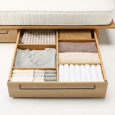 10 Ideas For Under The Bed Storage - Enter DIY