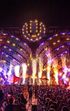 Electro Music, Dj Music, Dance Music, Edm Music Festivals, Edm Festival, Festival Outfits, Avicii, House Music, Playlists