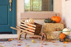 15 Easy Fall Woodworking Projects via TheKimSixFix.com