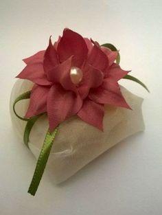 Fina Flor Bem Casados: Bem casado com brinco de princesa
