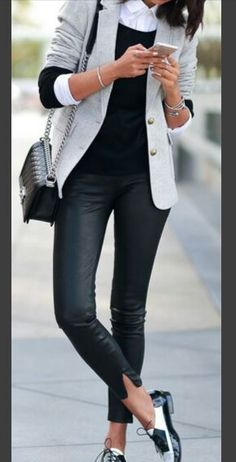 Outfits and Looks, Ideas & Inspiration Awesome Casual Office Attire to Try Right Now - Go to Source - Casual Office Attire, Business Casual Outfits, Office Outfits, Work Attire, Business Fashion, Outfit Work, Dress Casual, Casual Office Shoes, Casual Pants