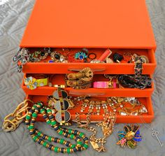 The AfroFusion Spot, orange, jewelry, accessories, box, jewelry box, bling, organize