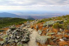 Franconia Loop Trail in Autumn, White Mountains, NH