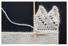 (via Knitting a lace edging onto live stitches)