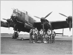David Livingstone, Lancaster Bomber, Maximum Effort, Royal Air Force, Aviation Art, Royal Navy, Perth, Airplanes, Caption