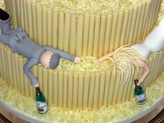 love the idea for the cake :) makes me laugh