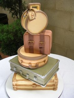 WOW !  A bon voyage cake?  Someone go away soon, please, so that I have a reason to make this! Suitcas Cake, Bon Voyage, Luggag Cake, Brides, Suitcases, Diaries, Purse Cakes, Travel, Grooms