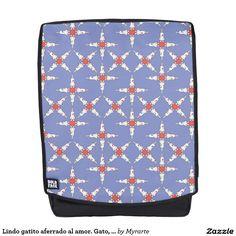 Lindo gatito aferrado al amor. Gato, cat, kitten. Love. Producto disponible en tienda Zazzle. Accesorios, moda. Product available in Zazzle store. Fashion Accessories. Regalos, Gifts. Link to product: http://www.zazzle.com/lindo_gatito_aferrado_al_amor_gato_cat_kitten_backpack-256883816404107414?CMPN=shareicon&lang=en&social=true&rf=238167879144476949 #mochila #backpack #gato #cat #kitten