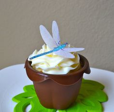 The Original EDIBLE DRAGONFLIES - Cake & Cupcake toppers - Food Accessories on Etsy, $8.95