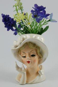 Vintage Lefton Lady Head Vase Vintage Mannequin, Mannequin Heads, Head Planters, Vintage Ceramic, Vintage Pottery, Pottery Art, Flower Vases, My Flower, Flower Pots