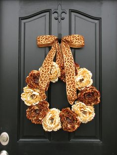 Love this wreath....especially the leopard bow!!