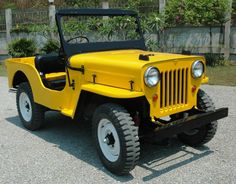 Darren Lockie Willys CJ-3B Jeep - Yellow Car