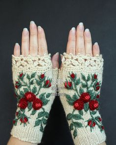 Ivory Gloves With Red Roses Knitted Fingerless Gloves Gloves & Mittens Mitts Gift Ideas For Her Winter Accessories Ivory Roses Fingerless Gloves Knitted, Crochet Gloves, Knit Mittens, Mitten Gloves, Knit Crochet, Crocheted Lace, Hand Knitting, Knitting Patterns, Crochet Patterns
