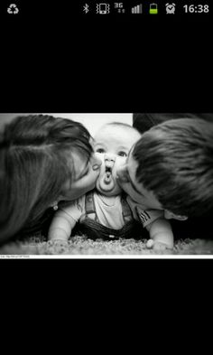 Cute baby pic <3 ...Meg needs to do this with Mr Cheeks