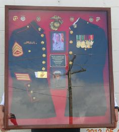 Dual Uniform Display - would love to display 2 different uniforms or one full uniform with space to display memorabilia Military Retirement, Retirement Ideas, Military Life, Military Army, Retirement Gifts, Diy Shadow Box, Shadow Box Frames, Military Shadow Box, Military Crafts