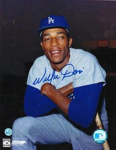 """Autographed Willie Davis Los Angeles Dodgers 8x10 Photo. Vin Scully would call him """"3 Dog""""."""