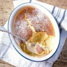 Lemon self-saucing pudding (Lemon surprise pudding)