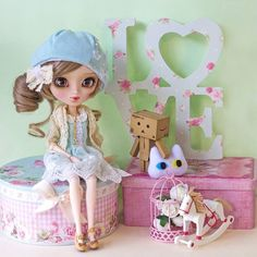 Happy mail day took long time in arrive but she's finally here: my Pullip Cassie she's pure love, each detail in her is just perfect, Thank you to Groove and Happydolly for this girl! I can't wait to put her obitsu and take more pictures!!