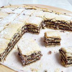 מעמולים בריבוע Cake Receipe, Dessert Cake Recipes, No Bake Desserts, Cookie Recipes, Chocolate Pastry, Cooking Cake, Food Decoration, Tart Recipes, Cake Cookies