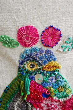 D o k n o m m e a w - p l a y: embroidering
