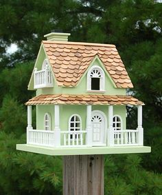 Backyard Wild Birding Supplies Home Bazaar Hobbit Songbird House, Green Decorative Bird Houses, Bird Houses Painted, Bird Houses Diy, Homemade Bird Houses, Bird House Feeder, Birdhouse Designs, Miniature Houses, Diy Home Crafts, House Painting