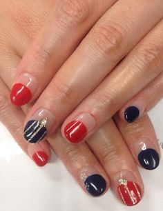 my summer nail design <red and navy>