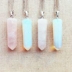 Gemstone Necklace  Point Necklace Moonstone door lowelowejewelry