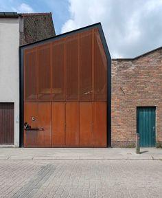 Design woning: nieuwbouw in een voormalige loods