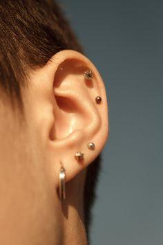 """davidgomezmaestre: """"Left side """" Fancy Earrings, Statement Earrings, Peircings, Ear Piercings, Modern Outfits, Piercing Tattoo, Ear Studs, Style Icons, Body Art"""