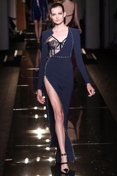 Atelier Versace Fall 2013 Couture Collection Slideshow on Style.com