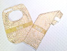 Personalized Bib and Burp Cloth Set with Bow - Baby Girl Metallic Gold Leopard Bib and Burp Cloth