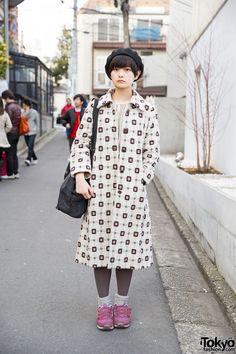 Harajuku Girl w/ Kinji Resale Coat, New Balance & Uniqlo Beret (Tokyo Fashion, 2015)