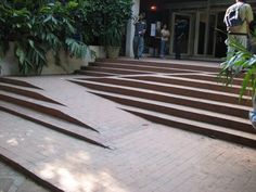 excellent design for wheelchair access on stairs Alliance Francaise de Bangalore 121007 by dffrntpx, via Flickr