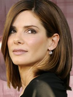 Sandra Bullock's cut is good for Hollywood glam AND for an everyday easy-to style cut