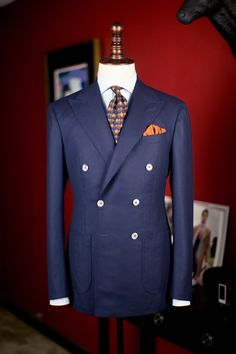 DOUBLE BREASTED BLAZER: Sharp appeal paired with this shirt, tie, and pocket square combination!