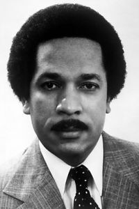 Max Robinson was the first African American broadcast network news anchor in the history of American television. Max Robinson was the first African American broadcast network news anchor in the history of American television.
