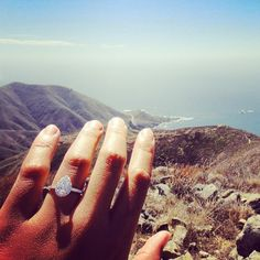 Wowza, look at that ring and that location! Loving them both. Shop for your @jamesallenrings here.