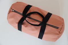 Sporttasche aus Biobaumwolle für jeden Yogi / gym bag made of organic cotton by madebybirdie via DaWanda.com