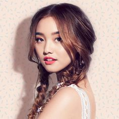 Business Inquiries: jenn I'm Jenn Im. Clothes Encounters is a vlog of style musings, tutorials and lifest. Jenn Im, Real Life Baby Dolls, Blonde Asian, Clothes Encounters, Beauty Crush, Youtube Channel Art, Colourpop Cosmetics, Next Clothes, Pretty Asian
