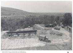 Deponiebetrieb am Schlierberg - Von 1926 bis 1952 gab es einen Deponiebetrieb auf dem Schlierberg.  Der Schlierberg ist die Westseite des Lorettoberg.  Vielen Dank für dieses Bild an unseren Facebook-Fan Rudi Kaltenbach /*  */