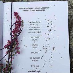 """Polubienia: 4,421, komentarze: 20 – Rafał Wicijowski (@rafalwicijowski) na Instagramie: """"Moi drodzy! Jeśli planujecie podarować komuś moje książki w prezencie świątecznym, to najlepiej…"""" Poems, Bullet Journal, Thoughts, Quotes, Instagram, Nails, Quotations, Finger Nails, Ongles"""